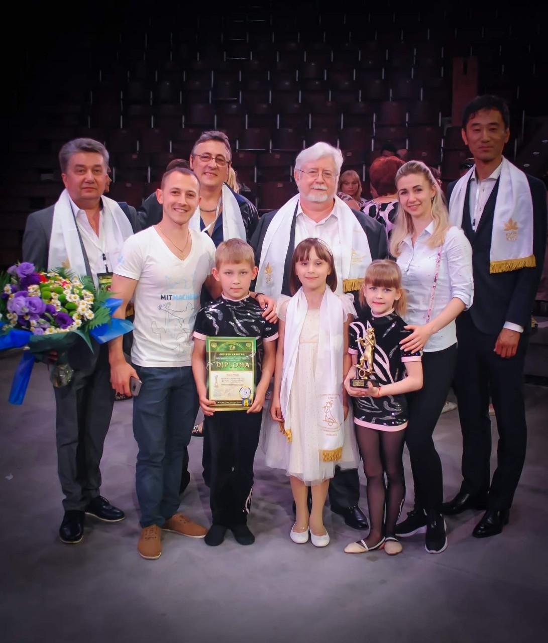 Вихованці Зразкової спортивно-циркової студії «Тріумф» стали переможцями молодіжного фестивалю «Золотий каштан»