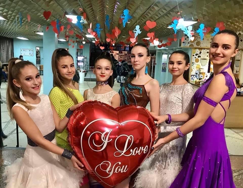 Майже два десятки артистів взяли участь у благодійному концерті в МПК